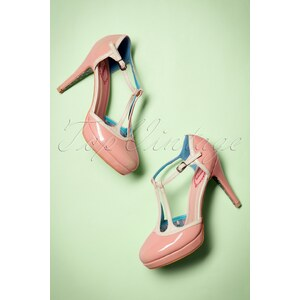 Banned 50s Betty Pumps in Pink