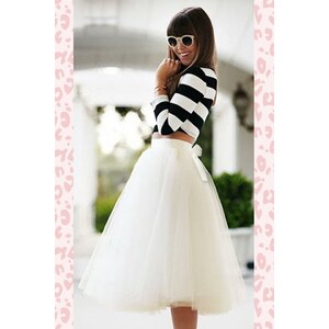 TopVintage Boutique Collection 50s Jocelyn Fairytale Skirt in Ivory