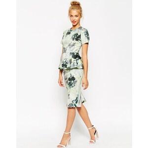 ASOS - Kurzärmliges Schößchen-Kleid mit Blumenmuster - Mehrfarbig