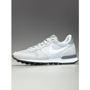 WMNS Nike Internationalist Wolf Grey Summit White Pure Platinum Cool Grey