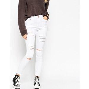 ASOS - Ridley - Knöchellange Jeans mit großen Rissen in Weiß - Weiß