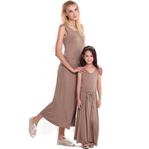 Lesara Kinder-Maxikleid mit Taillenbund - 128