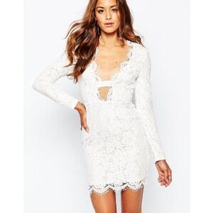 Missguided - Figurbetontes Kleid mit Muschelsaum aus Spitze - Weiß