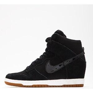 Nike WMNS Dunk Sky Hi Essential Black Black Sail Gum Medium Brown
