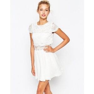 ASOS - Mini robe patineuse avec top court en dentelle - Crème