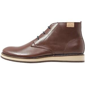 Lacoste MILLARD CHUKKA Chaussures à lacets dark brown