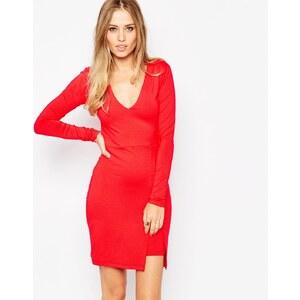 ASOS - Figurbetontes Kleid mit asymmetrischem Saum - Schwarz 12,99 €