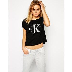 Calvin Klein Jeans - Kurzes T-Shirt - Schwarz