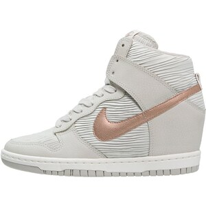 Nike Sportswear DUNK SKY Sneaker high light bone/metallic red bronze/sand
