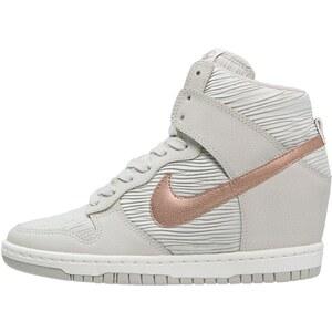 Nike Sportswear DUNK SKY Baskets montantes light bone/metallic red bronze/sand