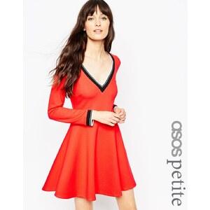 ASOS PETITE - Ponte-Kleid mit V-Ausschnitt und sportlichem Besatz - Rot