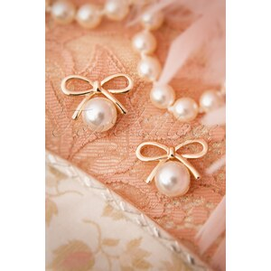 From Paris with Love! 20s Susie Golden Bow and Pearl Earrings
