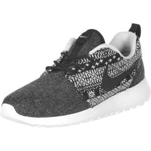 Nike Roshe One Winter W Schuhe black