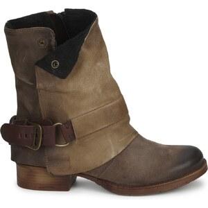 Dream in Green Boots EFINETTE