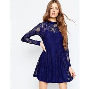 ASOS - Babydoll-Kleid aus Spitze - Marineblau