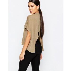Missguided - Rückenfreies Oversized-T-Shirt - Khaki