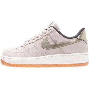Nike Sportswear AIR FORCE 1 ´07 PREMIUM Sneaker low string/metallic gold grain