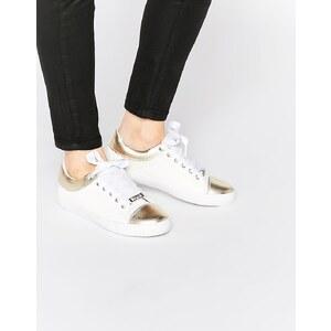 Lipsy - Alissa - Sneakers in Weiß und Gold - Weiß