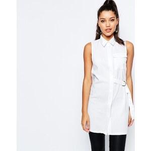 Missguided - Chemise sans manches ornée d'une boucle en D - Blanc