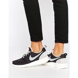 Nike - Roshe One - Schwarze Retro-Sneakers - Schwarz