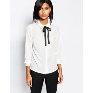 Vero Moda - Bluse mit Schleife am Kragen - Weiß