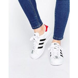 """adidas Originals - Superstar - Sneakers mit """"Nigo Bear""""-Plakette - Weiß"""