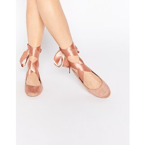 Glamorous - Ballerinas in nudefarbener Wildlederoptik mit Bandschnürung - Beige