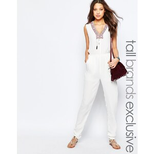 Glamorous Tall - Bestickter Overall mit tiefem Ausschnitt - Weiß