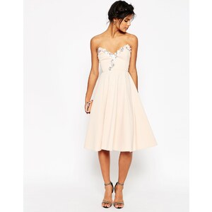 ASOS - Robe patineuse mi-longue à ornements - Rose