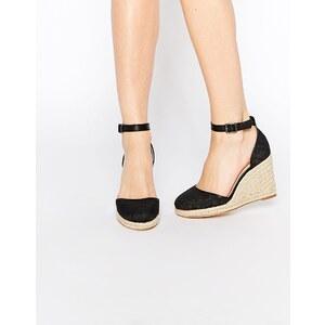 ASOS - JUICY - Sandalen mit Keilabsatz - Schwarz