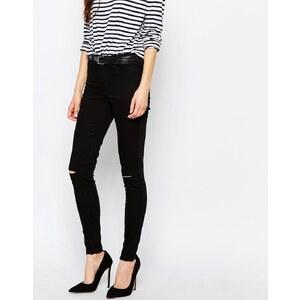 Vila - Skinny-Jeans mit Rissen an den Knien - Schwarz