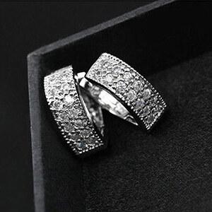 Lesara Veredelte Ohrringe mit Strass - Silber