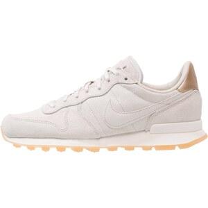 Nike Sportswear INTERNATIONALIST PREMIUM Sneaker low gamma grey/phantom/yellow/metallic golden tan