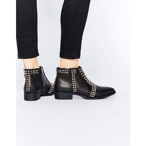 ASOS - ARRIVE - Spitze Ankle-Boots mit Nieten - Schwarz