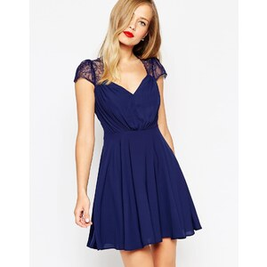 ASOS - Kate - Mini robe en dentelle - Bleu marine