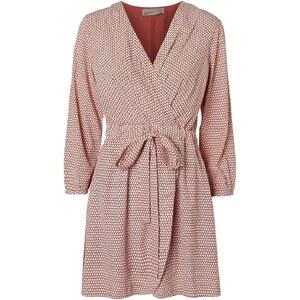 Vero Moda Kleid mit kurzem Schnitt - ziegelrot