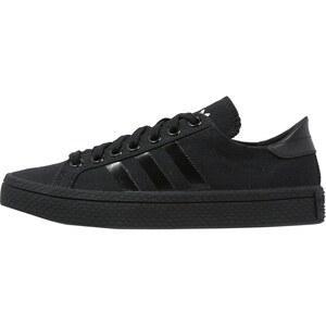 adidas Originals COURTVANTAGE Sneaker low core black/white