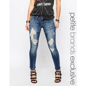 Noisy May Petite - Eve - Jeans in Used-Optik mit niedrigem Bund - Blau