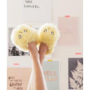 Chaussons peluche fluffy Etam