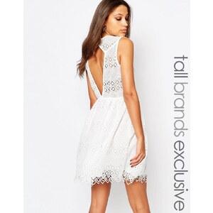 Y.A.S Tall - Ärmelloses Kleid mit Spitzenborte - Weiß