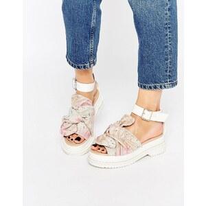 ASOS - FILLY - Flache, breite Sandalen mit Schleife - Mehrfarbig