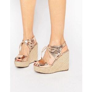 Lipsy Brooke - Sandalen mit Keilabsatz und Schnürung in Roségold-Metallic - Rosévergoldete