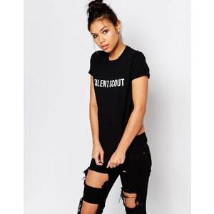 Adolescent Clothing - Boyfriend-T-Shirt mit Aufdruck Talent Scout - Schwarz