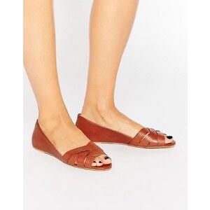 Oasis - Flache Schuhe mit geflochtenem Leder und Peeptoe - Bronze