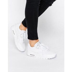 Nike - Fibreglass Air Max Ultra Essentials - Sneakers - Grün
