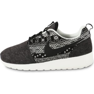 Nike Baskets/Running Roshe One Winter Sweater Femme