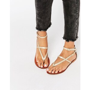 ASOS - FORCEFUL - Flache Ledersandalen - Gold