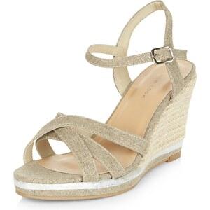 New Look Silberfarbene Sandalen mit Keilabsatz und Querriemen