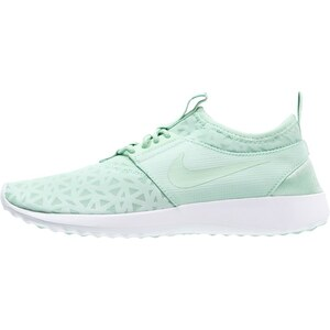 Nike Sportswear JUVENATE Sneaker low enamel green/black/white