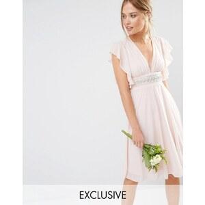 TFNC WEDDING - Robe mi-longue à manches évasées et taille ornementée - Rose